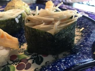 Steamed enoki sushi